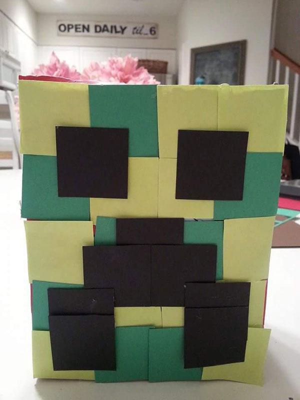Minecraft-Valentines-Box-2.jpg